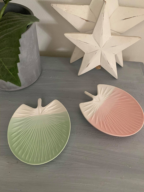 Palm trinket dishes