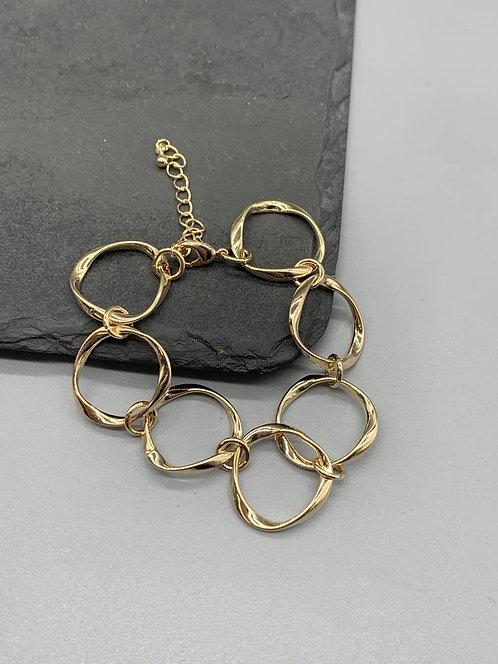 Large chain link Bracelet- Gold