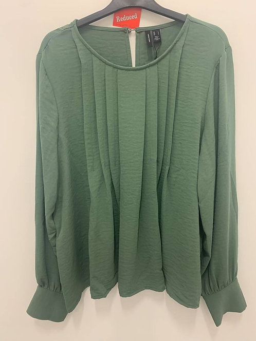 Front pleat Top - Moss green