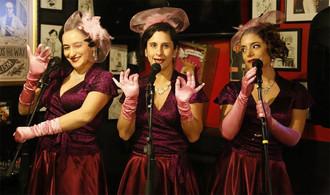 """""""Rebeldía Rosa"""": Las Pink Milk se toman el Teatro UC"""