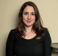 Exitosa dramaturga inglesa Lucy Prebble visita Chile