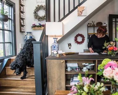 Flower Shop Sales Desk - Fresh Flowers.J