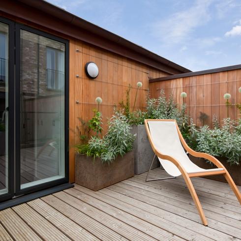 Agencement de Terrasse en bois | Jardinière végétale