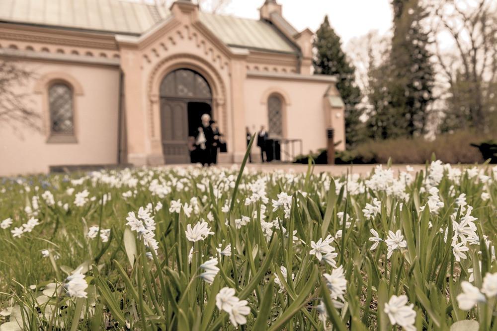 Hietaniemen vanha kappeli keväällä