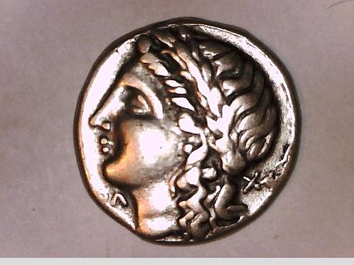 Crete, Knossos, King Minos, Female left /Labyrinth