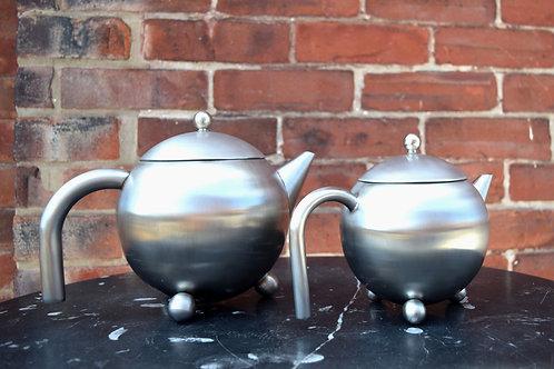 Henley Teapots