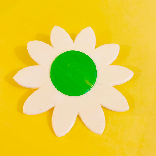 Large Daisy Brooch