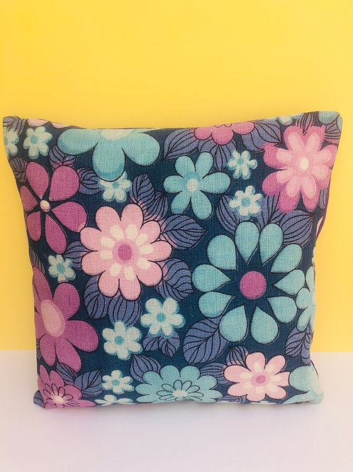 60s barkcloth Cushion