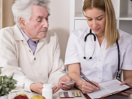 Técnico de enfermagem para idosos