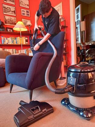 higienização de poltronas e sofás .jp