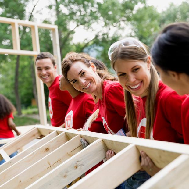 Freiwilligen-Bau