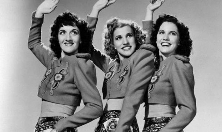 The Andrews Sisters_31n12patty-374605.jp