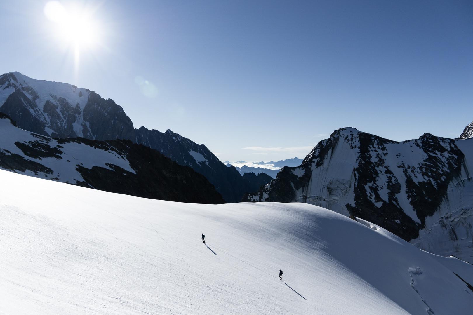 Alpinists starting the famous Dômes de Miage traverse