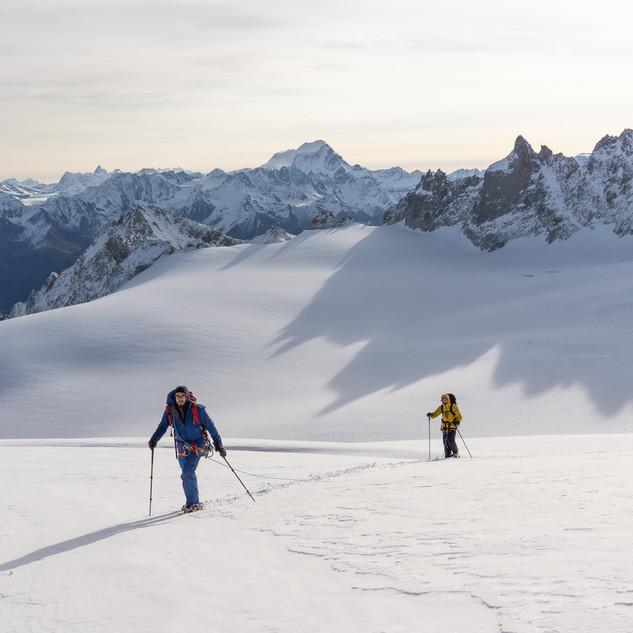 A long and snowy approach to reach Aiguille du Tour