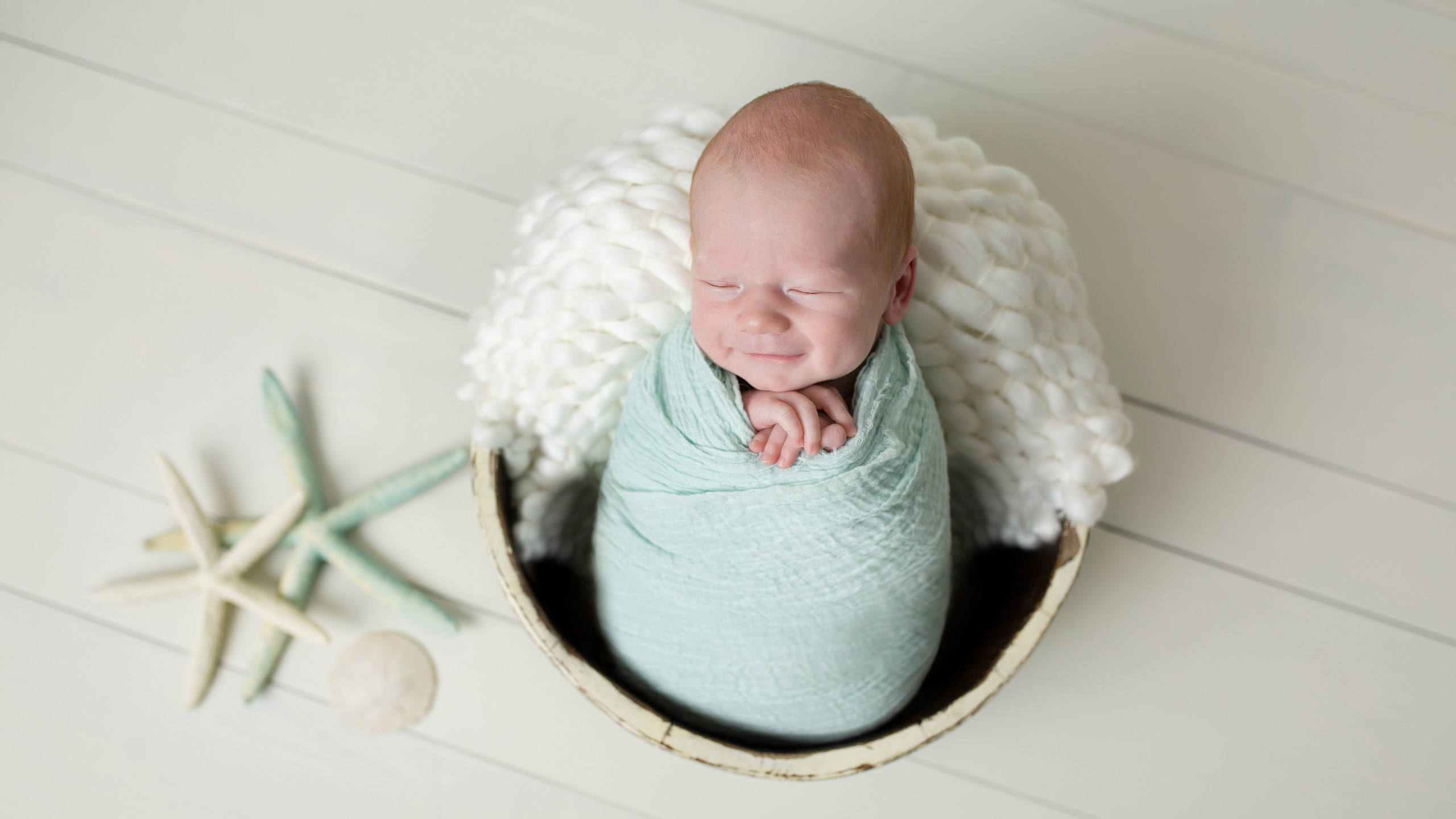 Newborn Session with Jen Isackson Photography