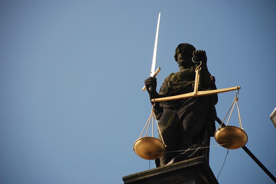 Vrouwe Justitia, het geval van een zieke werknemer