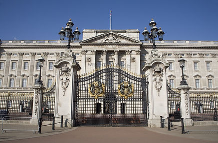 WatermarkBuckingham-Palace-Gates.jpg