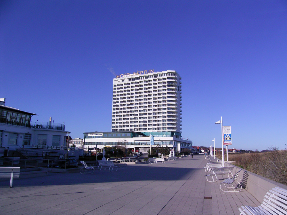 Neptun__Hotel.JPG