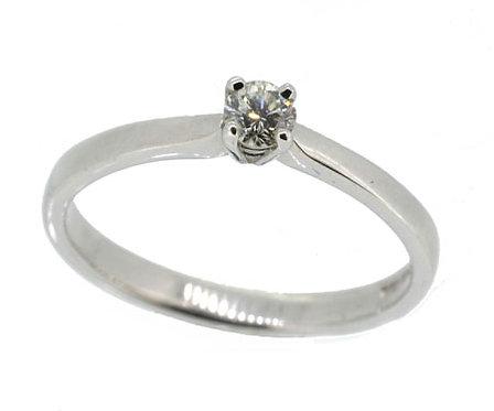 18ct Diamond Ring