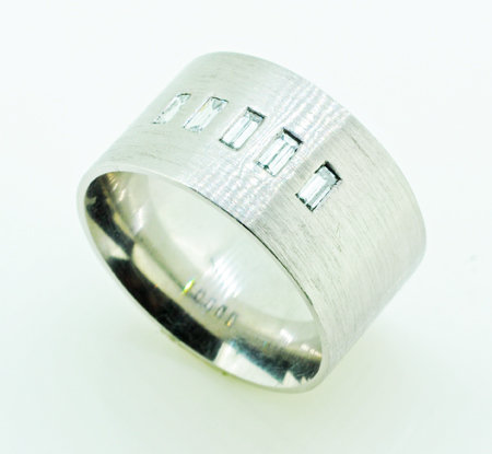 Palladium 11,mm Band Ring
