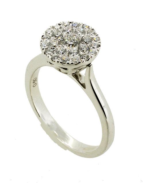 18ct Fine Diamond Ring
