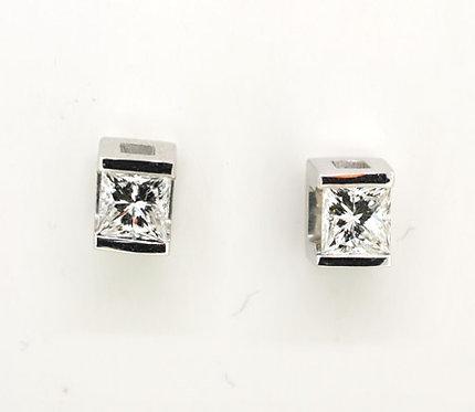 18 White Gold Princess-Cut DIAMOND Earrings