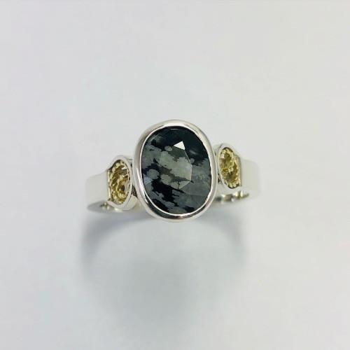 Zilveren ring met Obsidiaan