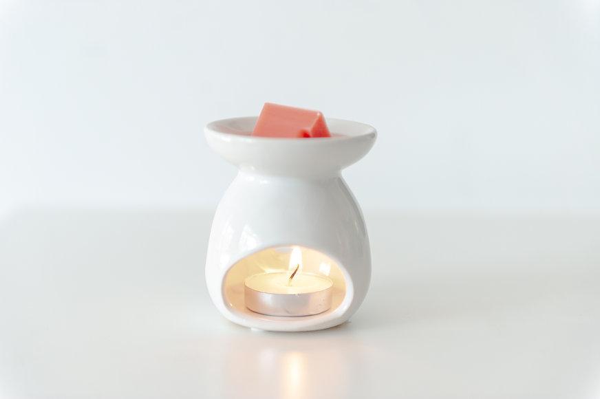 White Ceramic Wax Melt.jpg