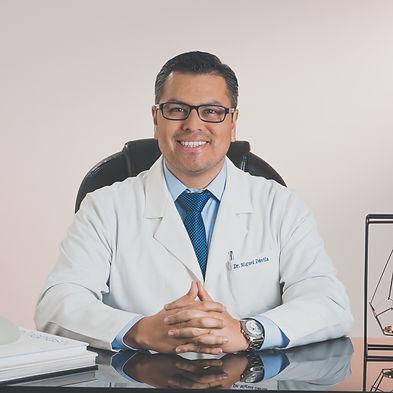 Dr. Davila cirujano plastico