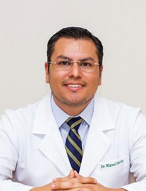 cirujano plastico Dr. Miguel Davila