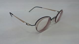 レンズの厚さが・・・。