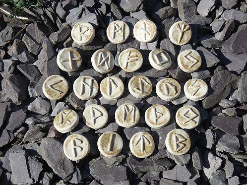 Ceramic Runes Elder Futhark handcrafted with drawstring bag