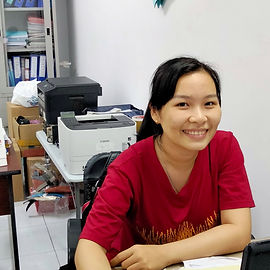 05 Ly_Accountant.JPG