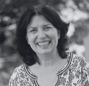 Zeza Freitas - Atriz | Diretora de Teatro | Dramaturga
