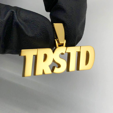 TRUSTED KICKS PENDANT