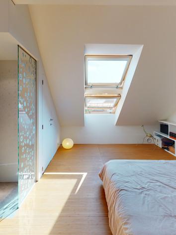 28-Rue-Des-Archives-Bedroom (1).jpg