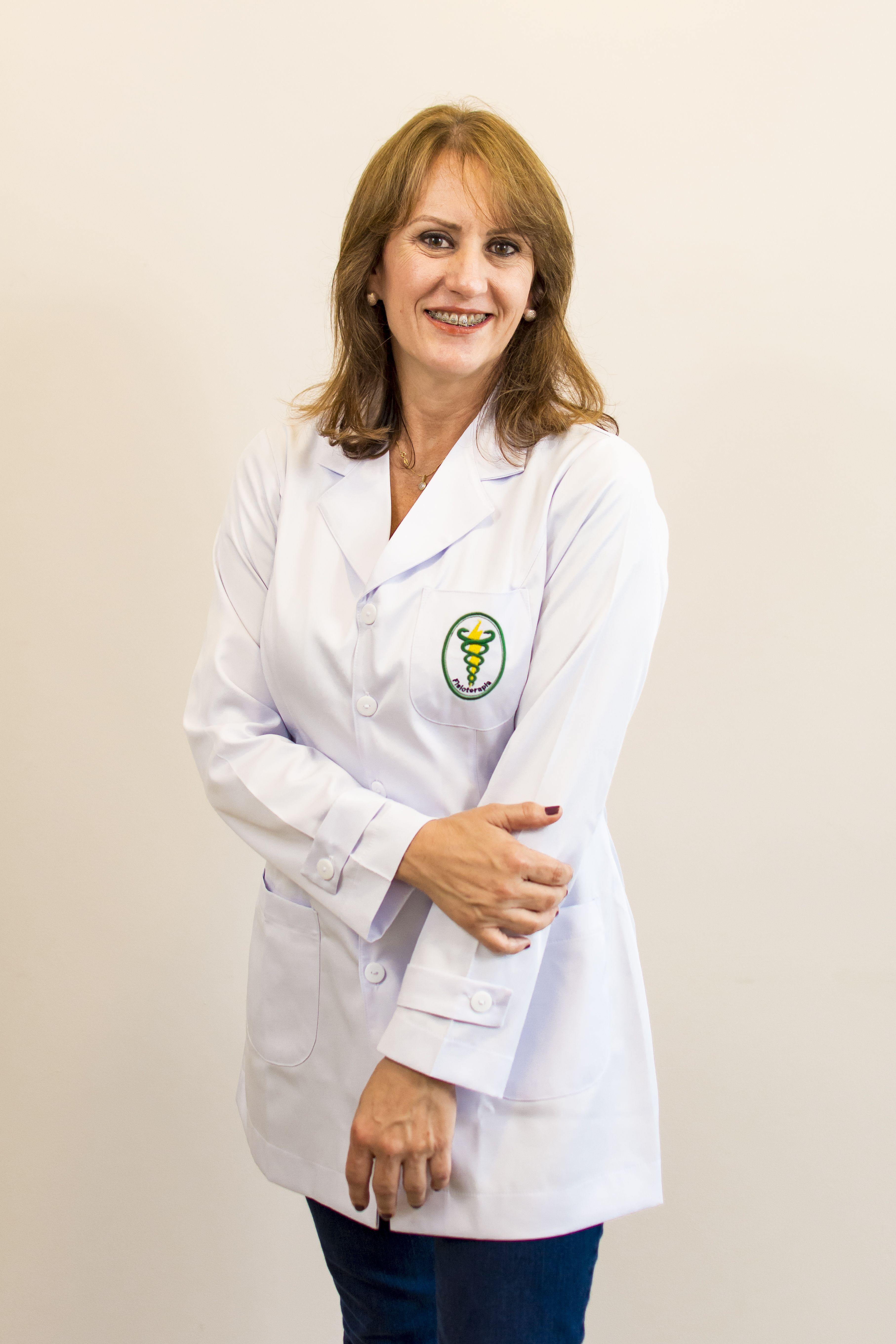 Dra. Rosangela Bayer