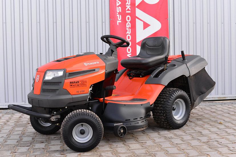Traktorek Husqvarna TC 238 T (031201)