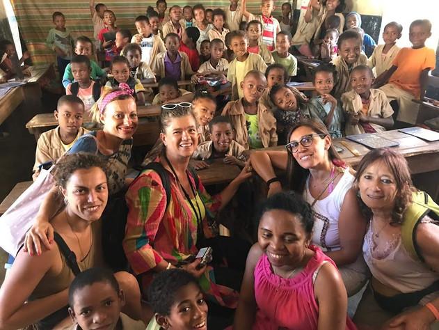 In visita ad una scuola di Nosy Be