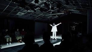 【戲劇評論】一個女性表演者的懺情錄:《愛在年老色衰前》