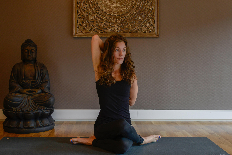 Yoga Grunnleggende 16 uker. Kaja