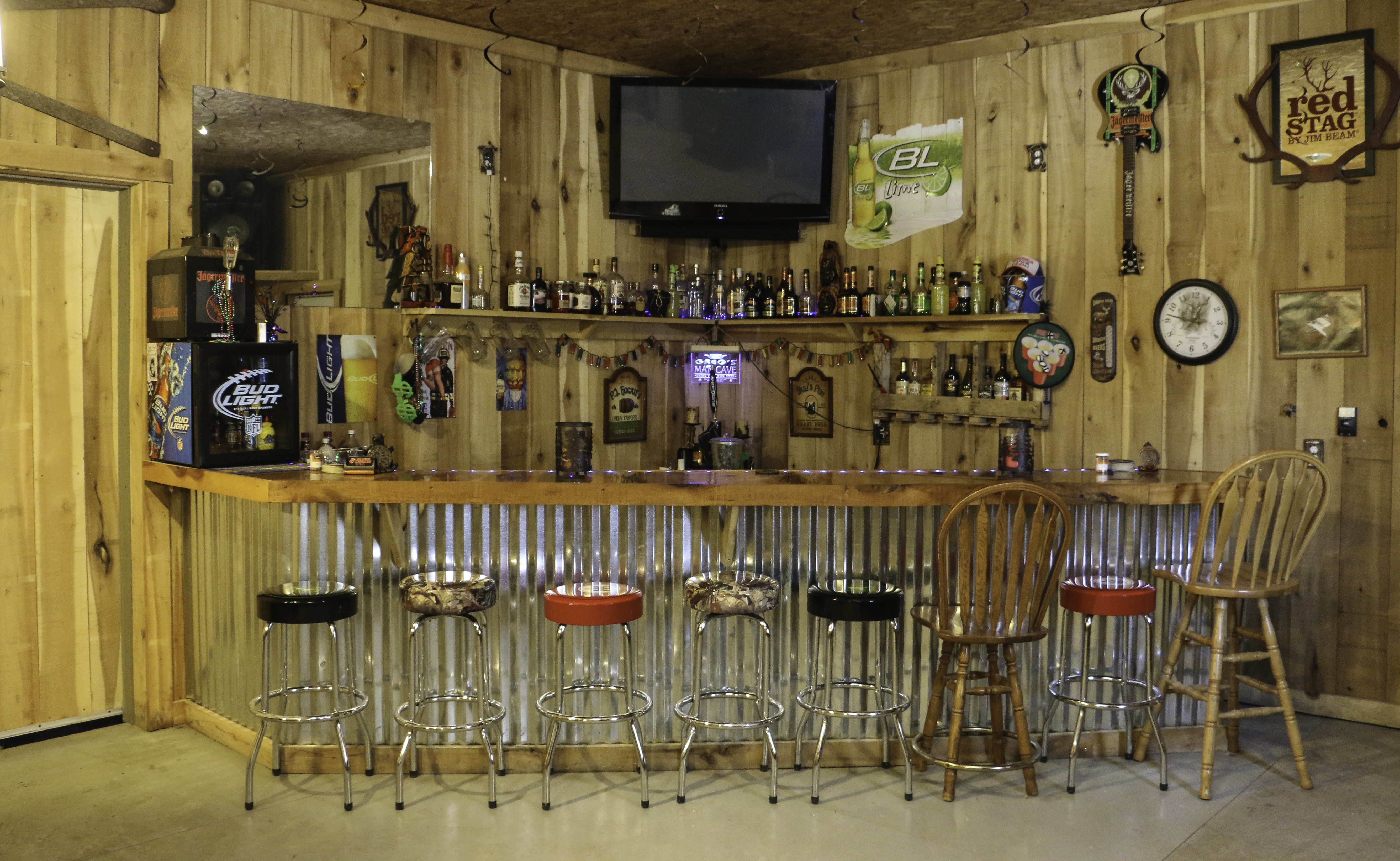 Custom Bar & Recreational Room