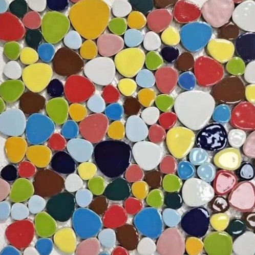 משטח טיפות צבעוני