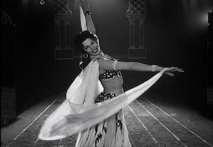 Samia Gamal with veil