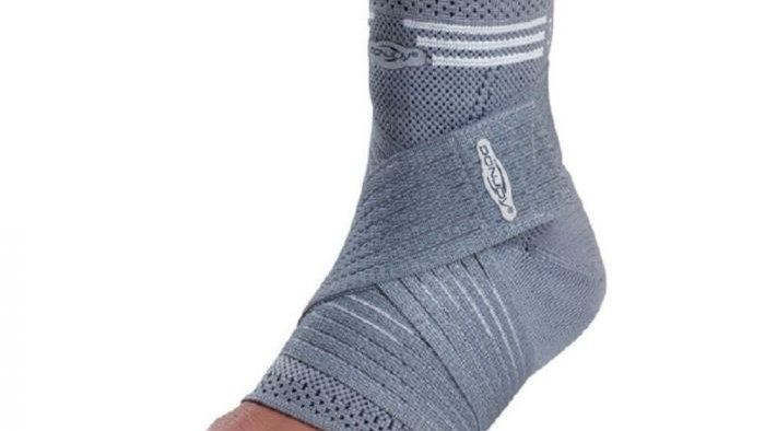 DonJoy Strapping Elastic Ankle Brace