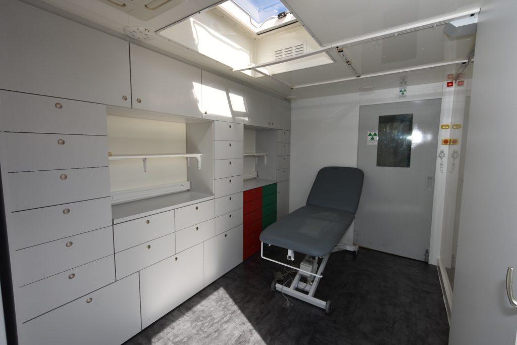salle de soins et échographie.jpg