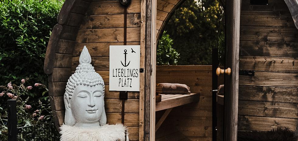 Die Sauna passt in jede Einfahrt