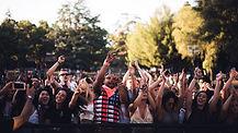 crowd-1531427__480.jpg