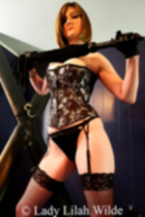 1 Lady Lilah Wilde BDSM Dominatrix_edite