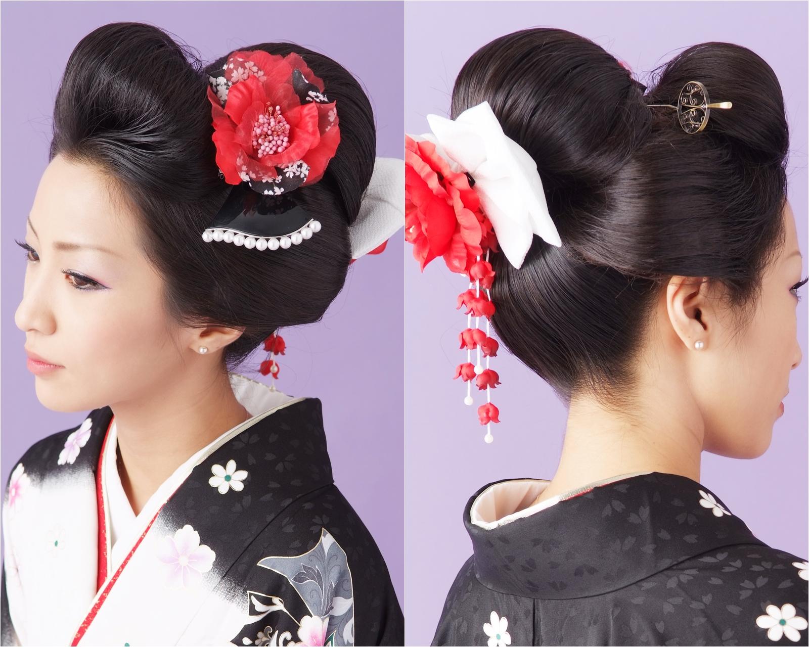 卒業式の袴ヘアに黒髪の映える大人系日本髪
